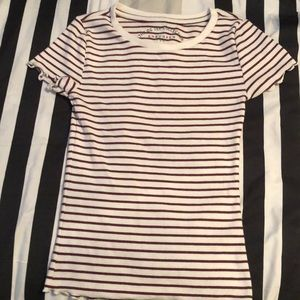 Aeropostale lettuce edged striped tee